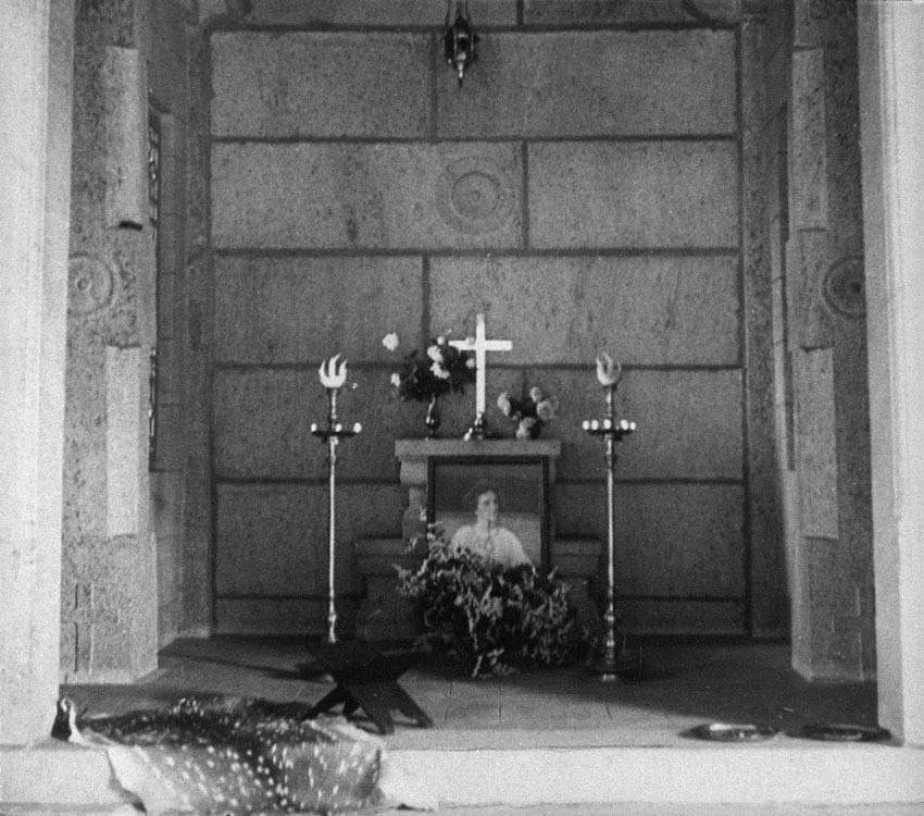 Church of South India is Born. Scene 41: Ashram, Vellore