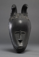 Modern cast of Guro ceremonial mask